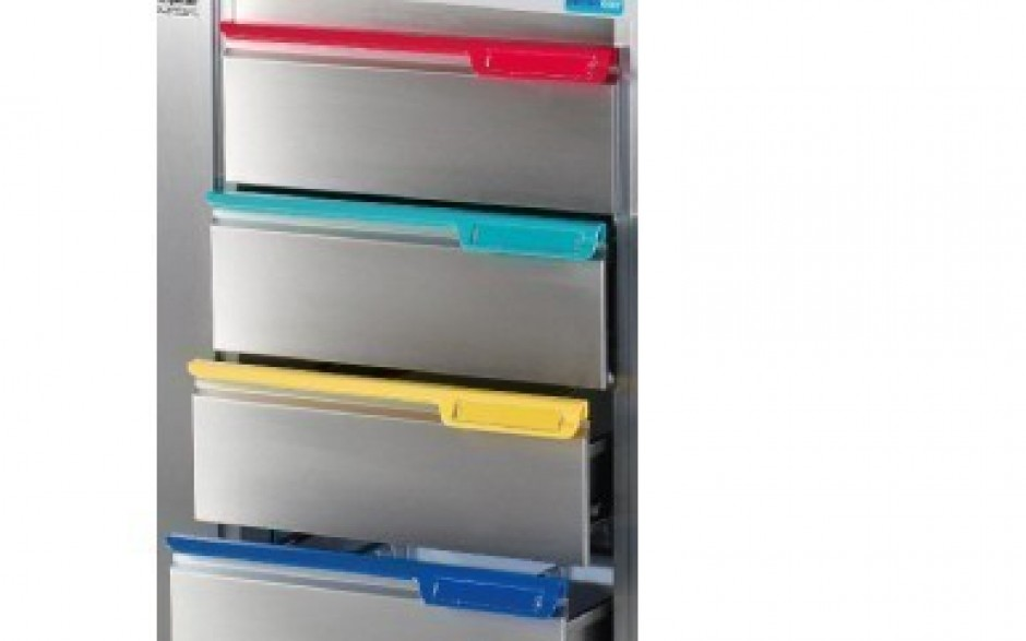 Farbige Griffe für PC2-Schublade