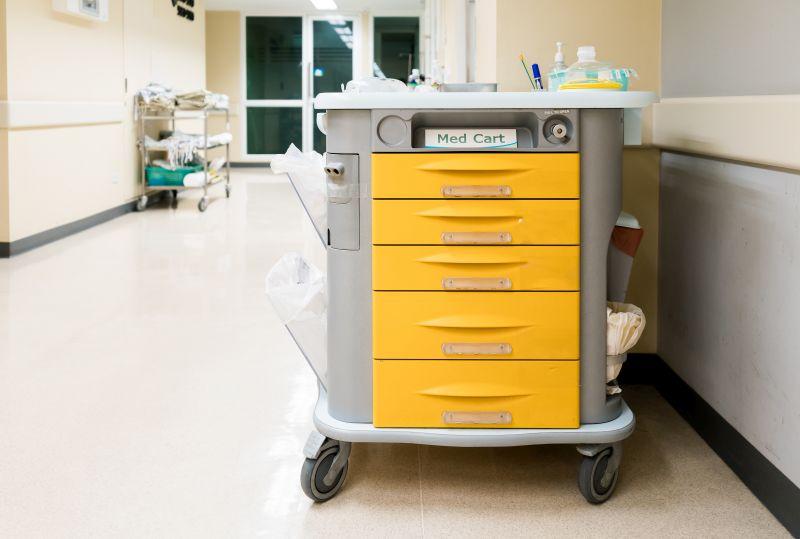 Mehrzweckwagen für Krankenhaus und Pflege